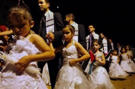 aicha marriage avec mahomet  Hamas-gaza-child-wedding1